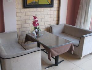 Sofa Cafe 56